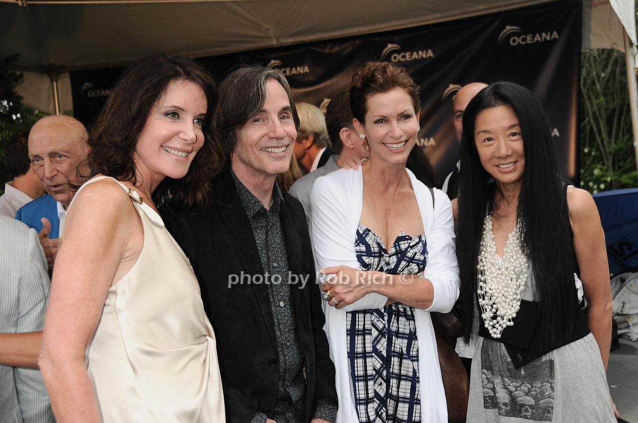 Lois Robbins, Jackson Browne, Lorna Brett Howard, Vera Wang photo by Rob Rich © 2010 robwayne1@aol.com 516-676-3939