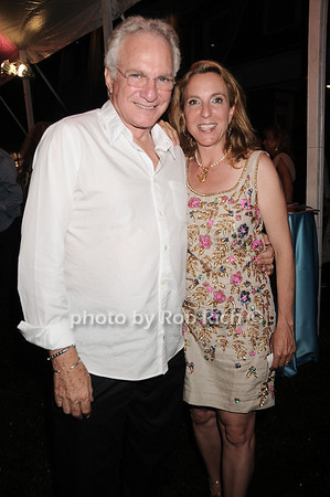 David Yurman and Sue Cohn Rockefeller at the Oceana fundraiser in Watermill on July 10, 2010. photo by Rob Rich/SocietyAllure.com