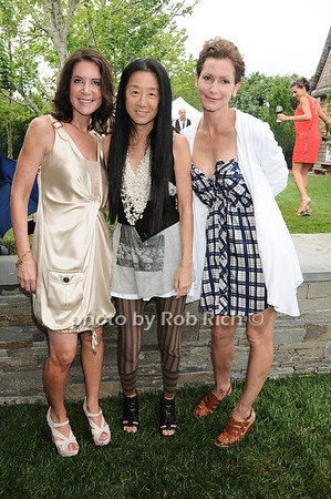 Lois Robbins, Vera Wang, Lorna Brett Howard photo by Rob Rich © 2010 robwayne1@aol.com 516-676-3939