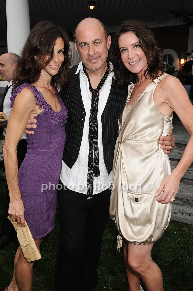 Joyce Varvatos, John Varvatos, Lois Robbins photo by Rob Rich © 2010 robwayne1@aol.com 516-676-3939