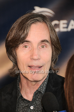 Jackson Browne photo by Rob Rich © 2010 robwayne1@aol.com 516-676-3939