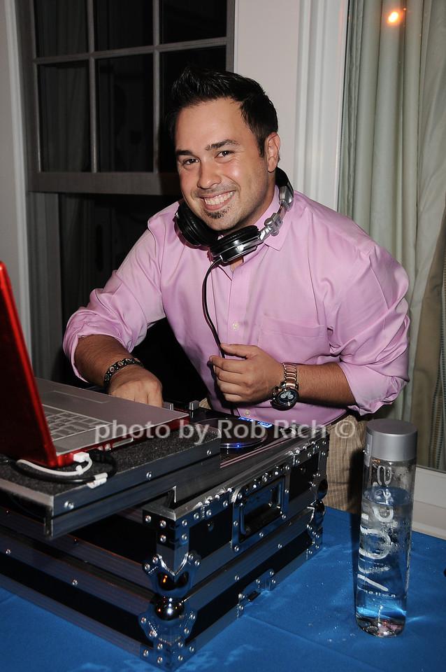 DJ Kristain Caro photo by Rob Rich © 2010 robwayne1@aol.com 516-676-3939