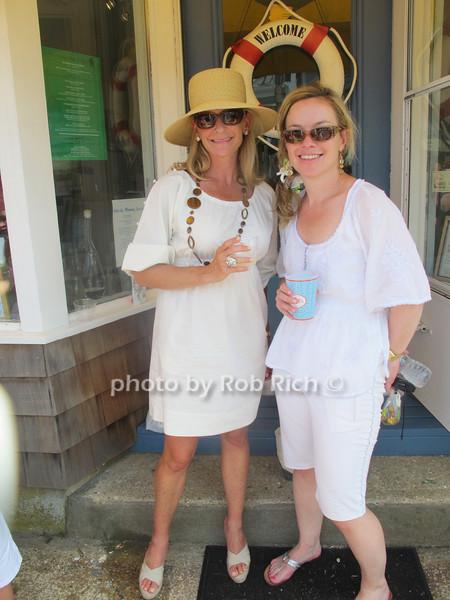Lisa Errico, Kathy Thomas