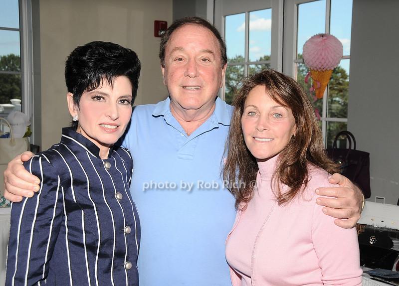Arlene Lazare, Alan Lazare, Arlene Reed<br /> photo by Rob Rich © 2010 robwayne1@aol.com 516-676-3939