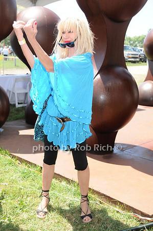 Betsey Johnson<br /> photo by Rob Rich © 2010 robwayne1@aol.com 516-676-3939