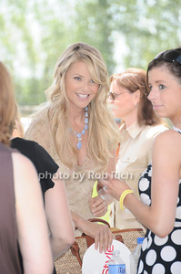 Christie Brinkley photo by Rob Rich © 2010 robwayne1@aol.com 516-676-3939