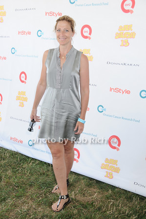 Edie Falco<br /> photo by Rob Rich © 2010 robwayne1@aol.com 516-676-3939