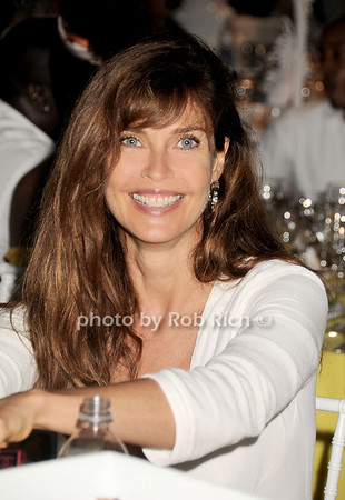 Model Carol Alt attend the Art for Life 2010 gala at the estate of Russell Simmons in East Hampton on July 24, 2010. photo by Rob Rich/SocietyAllure.com