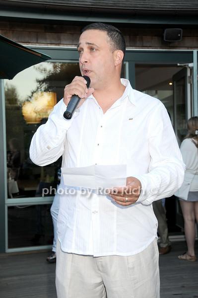 Dave D'Orazio<br /> photo by Rob Rich © 2010 robwayne1@aol.com 516-676-3939