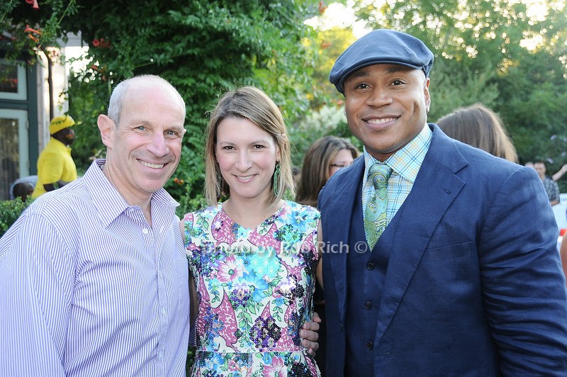 Jonathan Tisch, Lizzie Tisch, L.L.Cool J <br /> photo by Rob Rich © 2010 robwayne1@aol.com 516-676-3939