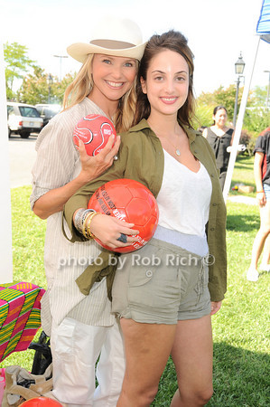 Christy Brinkley, Alexa Ray Joel<br /> photo by Rob Rich © 2010 robwayne1@aol.com 516-676-3939