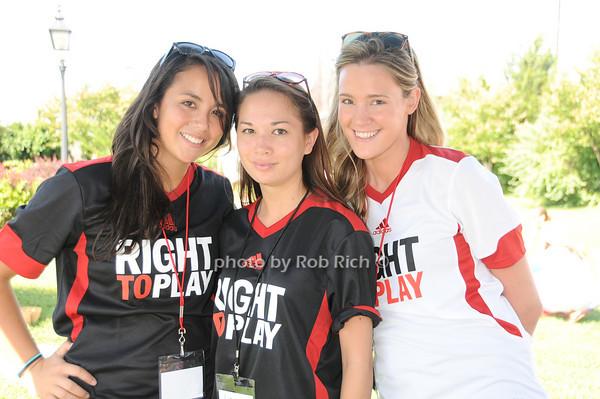 Claire Raugei, Elizabeth Lee, Leann Pimentel<br /> photo by Rob Rich © 2010 robwayne1@aol.com 516-676-3939
