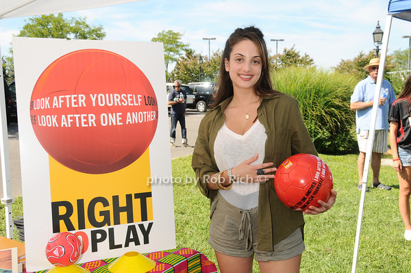 Alexa Ray Joel<br /> photo by Rob Rich © 2010 robwayne1@aol.com 516-676-3939
