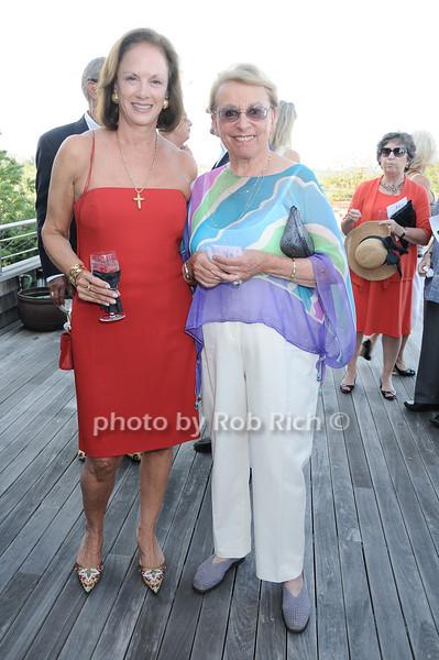 Susan McConnell,  Sony Schotland<br /> photo by Rob Rich © 2010 robwayne1@aol.com 516-676-3939