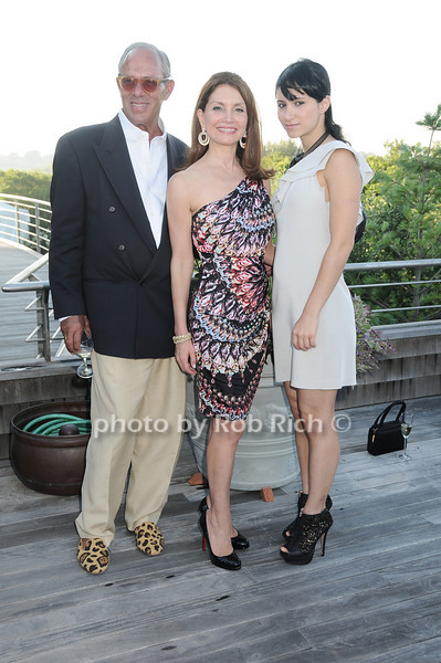 Tony Urrutia, Jean Shafiroff, Elizabeth Shafiroff<br /> photo by Rob Rich © 2010 robwayne1@aol.com 516-676-3939