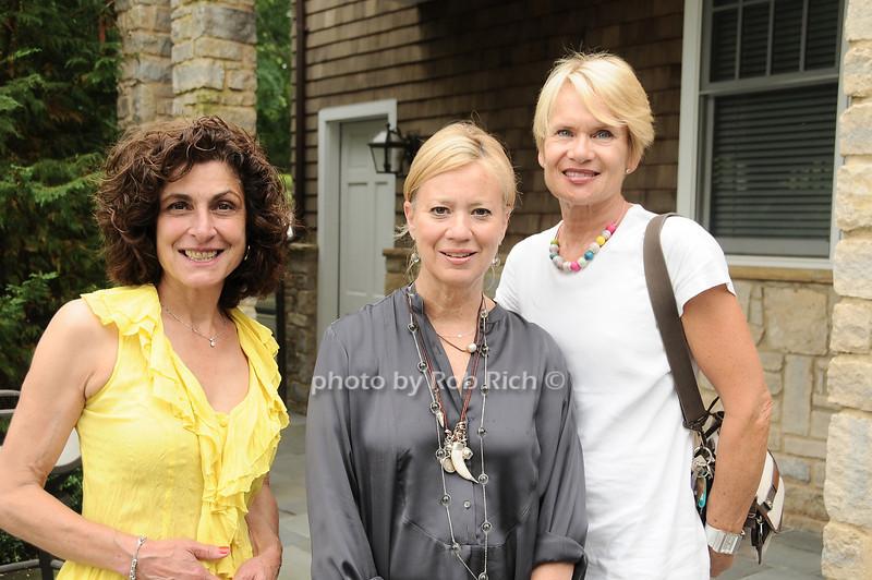 Eileen O'Halloran, Carla Slocum, Elizabeth Mills<br /> <br /> photo by Rob Rich © 2010 robwayne1@aol.com 516-676-3939