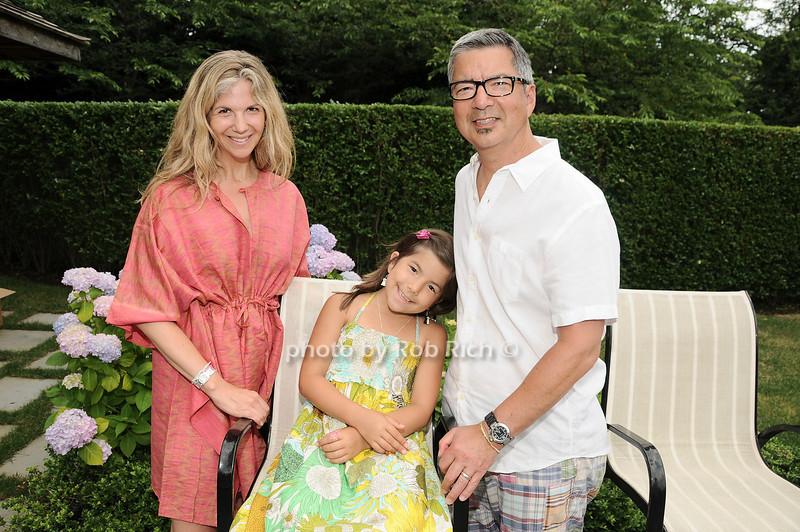 Jessica Buchman, Sophie Buchman, Jeffrey Buchman<br /> <br /> photo by Rob Rich © 2010 robwayne1@aol.com 516-676-3939