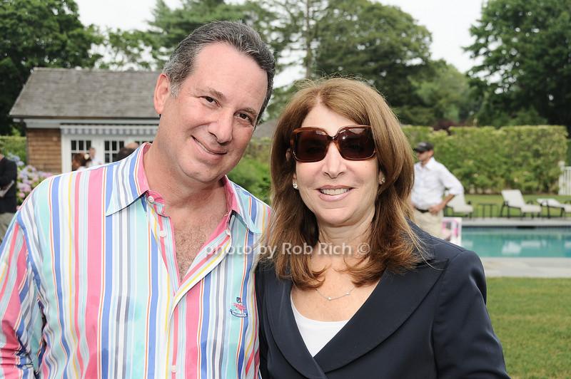 Gleen Simon, Ginny Simon<br /> <br /> photo by Rob Rich © 2010 robwayne1@aol.com 516-676-3939