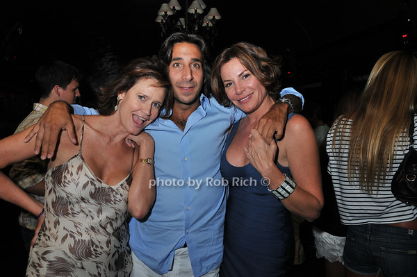 Elizabeth Fekkai, Jacques Azoulay, Luann de Lesseps <br /> photo by Rob Rich © 2010 robwayne1@aol.com 516-676-3939