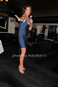 Luann de Lesseps photo by Rob Rich © 2010 robwayne1@aol.com 516-676-3939