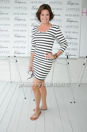 Countess LuAnn de Lesseps <br /> photo by Rob Rich © 2010 robwayne1@aol.com 516-676-3939