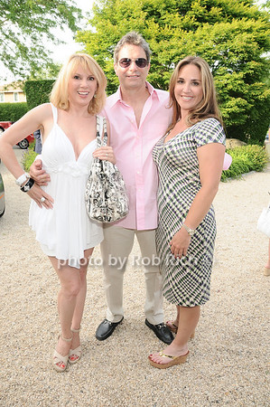 Ramona Singer, Mario Singer, Andrea Correale<br /> photo by Rob Rich © 2010 robwayne1@aol.com 516-676-3939