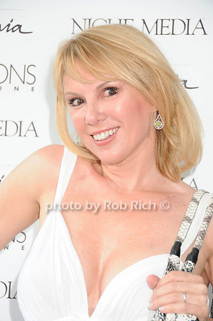 Ramona Singer<br /> photo by Rob Rich © 2010 robwayne1@aol.com 516-676-3939