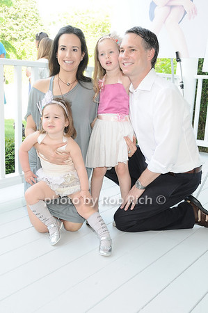 Haley Binn, Cece Binn, Penny Binn, Jason Binn<br /> photo by Rob Rich © 2010 robwayne1@aol.com 516-676-3939