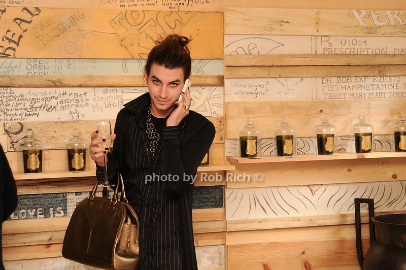 Vincent Tosi<br /> photo by Rob Rich/SocietyAllure.com © 2010 robwayne1@aol.com 516-676-3939