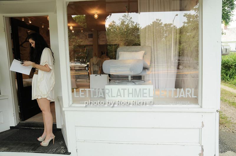 Jarlath Mellett shop in Amagansett<br /> photo by Rob Rich/SocietyAllure.com © 2010 robwayne1@aol.com 516-676-3939