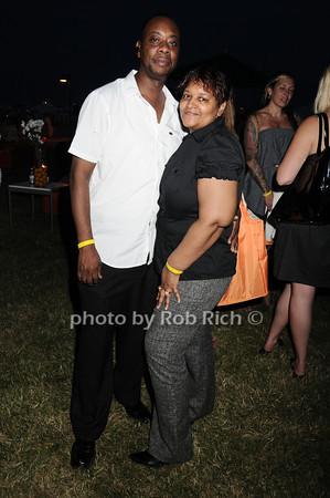 Earl Gillespie, Theresa Gillespie<br /> photo by Rob Rich © 2010 robwayne1@aol.com 516-676-3939