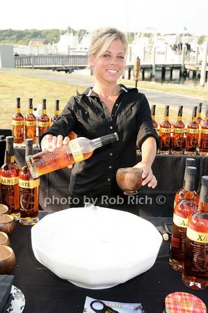 Sue Lupia<br /> photo by Rob Rich © 2010 robwayne1@aol.com 516-676-3939