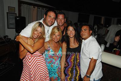 Jorden Milo and Russel( Top Row) Nici Weinstein, Jeanine Milo, Tara Samulsoon and Phil  Milo (Bottem Row)