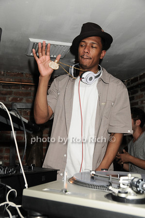 Nick Cannon, guest D.J.at  Bamboo Resturant and Nteclub, East Hampton, N.Y. on 7-3-10.photo by Rob Rich © 2010 robwayne1@aol.com 516-676-3939