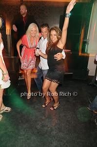 Liz photo by Rob Rich © 2010 robwayne1@aol.com 516-676-3939