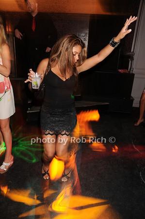 Liz<br /> photo by Rob Rich © 2010 robwayne1@aol.com 516-676-3939