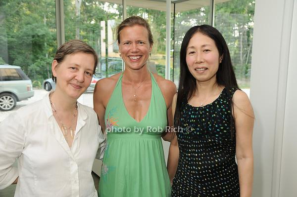 Natalie Fizer, Kia Pedersen,Yoshiko Sato<br /> photo by Rob Rich © 2010 robwayne1@aol.com 516-676-3939