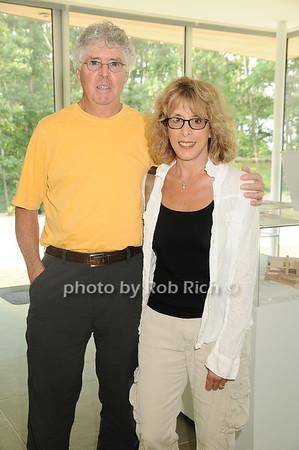 Mike Mahoney, Giselle Mahoney<br /> photo by Rob Rich © 2010 robwayne1@aol.com 516-676-3939