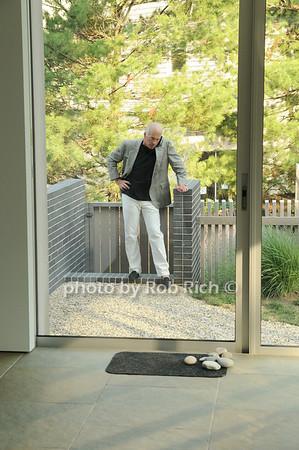 Gary DePersia<br /> photo by Rob Rich © 2010 robwayne1@aol.com 516-676-3939