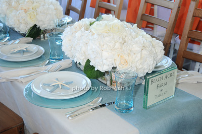 Beach Acre Farm table photo by Rob Rich © 2010 robwayne1@aol.com 516-676-3939