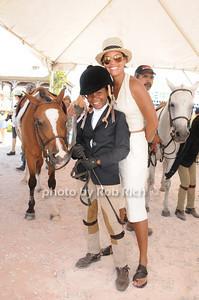 Arianna Reid, Erica Reid photo by Rob Rich © 2010 robwayne1@aol.com 516-676-3939