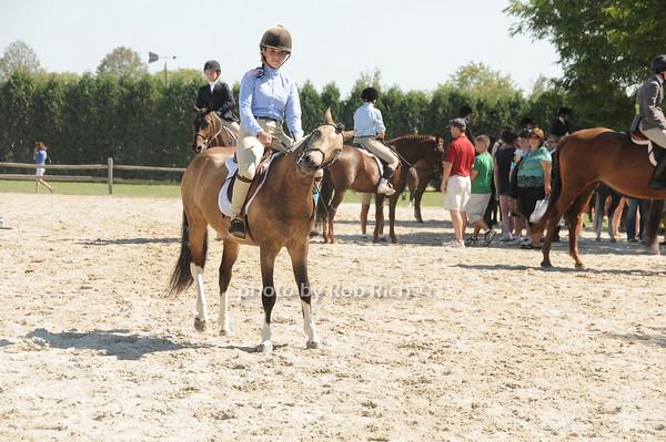 horse riding<br /> photo by Rob Rich © 2010 robwayne1@aol.com 516-676-3939