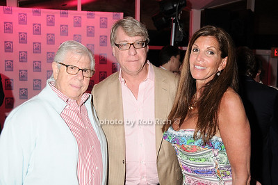 Carl Bernstein, Jim Charnos, Amy Charnos 5-29-10 @ The Miracle House 20th.Anniversary Benefit @ the Bridgehampton Surf and Tennis Club in Bridgehampton. photo by Rob Rich/SocietyAllure.com © 2010 robwayne1@aol.com 516-676-3939