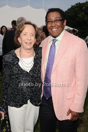 Barbara Slifkin,  Bill Wright<br /> photo by Rob Rich © 2010 robwayne1@aol.com 516-676-3939