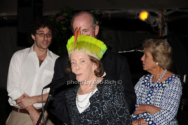 Barbara Slifkin, Georgia Wells<br /> photo by Rob Rich © 2010 robwayne1@aol.com 516-676-3939