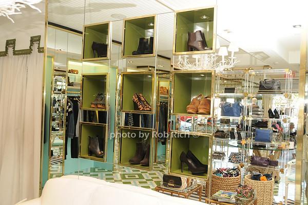 Tory Burch Store in East Hampton<br /> photo by Rob Rich © 2010 robwayne1@aol.com 516-676-3939