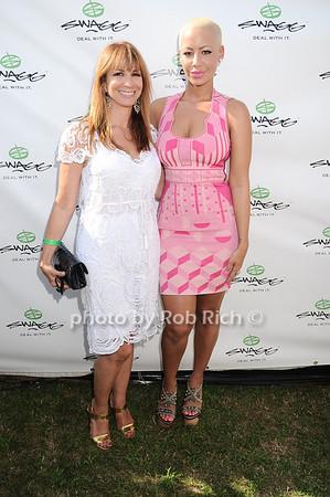 Jill Zarin, Amber Rose<br /> photo by Rob Rich © 2010 robwayne1@aol.com 516-676-3939