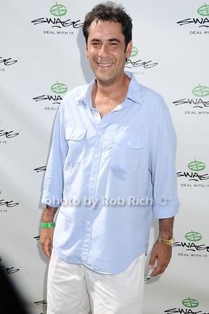 Todd  Rome<br /> photo by Rob Rich © 2010 robwayne1@aol.com 516-676-3939