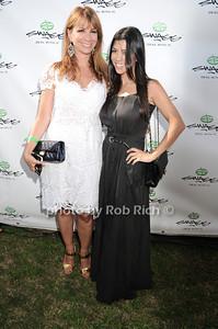 Jill Zarin, Courtney Kardashian photo by Rob Rich © 2010 robwayne1@aol.com 516-676-3939