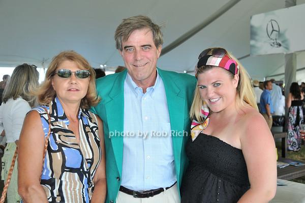 Susie Griffith, Mark Griffith, Carson Griffith<br /> photo by Rob Rich © 2010 robwayne1@aol.com 516-676-3939